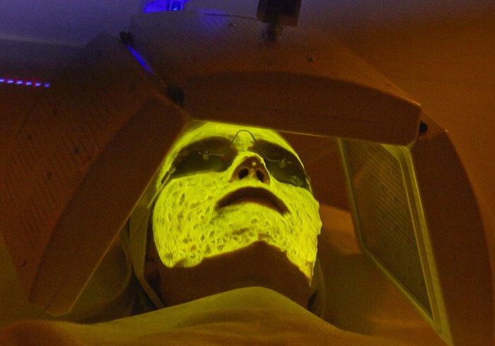 el-rejuvenecimiento-facial-ideal-terapia-biofotonica-kleresca